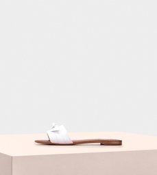Clarita Make A Wish Peace Capreto White